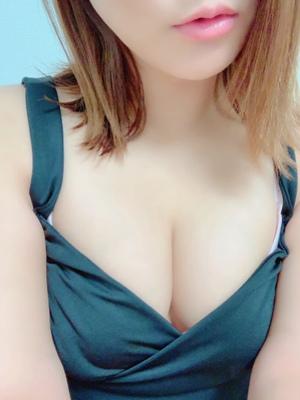 12/8デビュー吉澤あんな